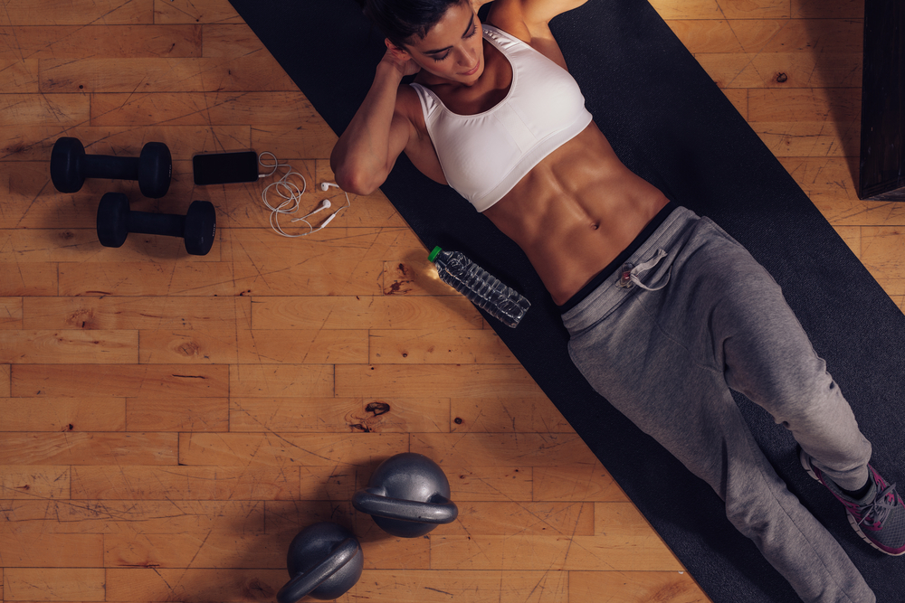 treino abdominais e pernas